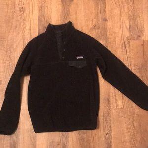Black Patagonia fleece